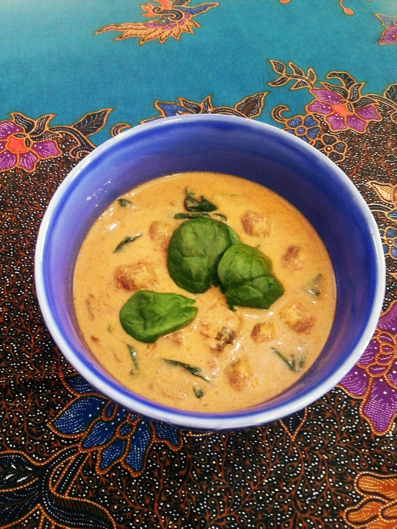 Slow cooked Thai red curry beef